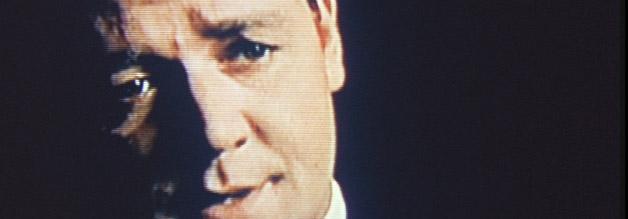 Szene aus The Insider: Jeffrey Wigand (Russell Crowe) packt aus: Im Interview mit 60 Minutes bereichtet der Familienvater über die Vorgänge im B&W-Labor.
