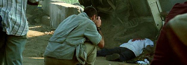 Eie Szene aus dem Film Blood Diamond : Ein Fotoreporter dokumentiert das Grauen des Bgerkrieg