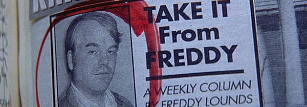 """Eitel, selbstdarstellerisch, wichtigtuerisch - das alles in Freddy Lounds. Seine Kolumne im Tattler nennt sich """"Take it from Freddy""""."""