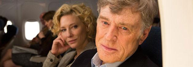 Vorsicht: Passagier träumt vom echten Journalismus - Robert Redford, Grandseigneur des Journalistenfilms, spielt den väterlichen Anchorman Dan Rather. Im Hintergrund: Mary Mapes (gespielt von Cate Blanchett).