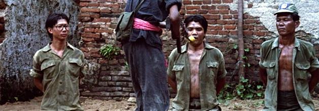 Die Roten Khmer gehen bei ihrem Kehraus in Kambodscha nicht zimperlich vor. Vor allem Intellektuelle, Beamte und Geistliche haben Pol Pots Truppen im Visier.