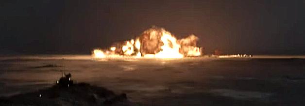 The Idealist beruht auf einer wahren Geschichte: 1968 stürzt ein Bomber mit thermonuklearer Fracht in Grönland ab.