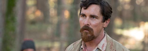 Christian Bale spielt den AP-Fotojournalisten Chris Meyers. Das Historiendrama vor dem Hintergrund des armenischen Völkermordes läuft am 17. August 2017 in den deutschen Kinos an.