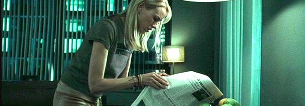 Rachel Keller, die retro-hafte Reporterin, nutzt zur Recherche noch die gute, alte Zeitung. Print-Patrick frohlockt.