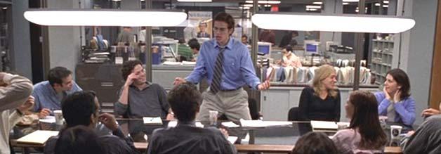 Stephen Glass (Hayden Christensen) macht den Münchhausen. Und das lange, weil unentdeckt. Seine Geschichten klingen einfach so gut, dass sie wahr sein müssen. Die Kollegen hängen ihm an den Lippen - wie Teenies an den Lippen ihres unerreichbaren Schwarms. Bildmaterial Lions Gate Film.