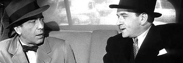 Gewinner des Al Capone-Look-a-like-Contest: Tomas Rienzi (Martin Gabel, rechts) ist der dubiose Gegenspieler von Ed Hutcheson.