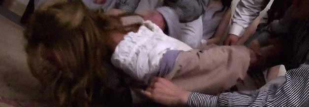 Hier läuft was gewalttätig schief: In der New Yorker Nervenheilanstalt sind unschöne Szenen an der Tagesordnung.