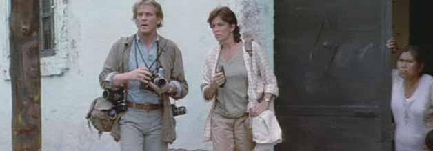 Street Credibility: Claire und Russell scheuen keine Gefahren und reisen auf eigene Faust durchs umkämpfte Land.