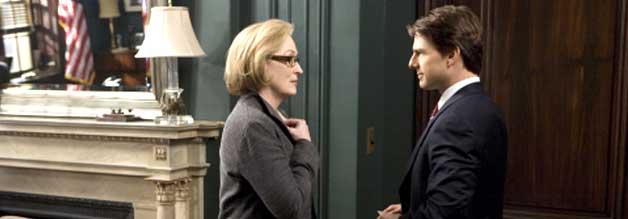 Journalismus trifft auf Politik - normalerweise eine Kombi mit Reibungspotenzial. Doch kann Janine Roth anders als Senator Irving (Tom Cruise) zu vertrauen? Immerhin geht es um die Zukunft Amerikas.