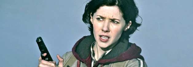 Lena in Outpost - Black Sun:  Journalistin, Nazijägerin - oder doch beides?