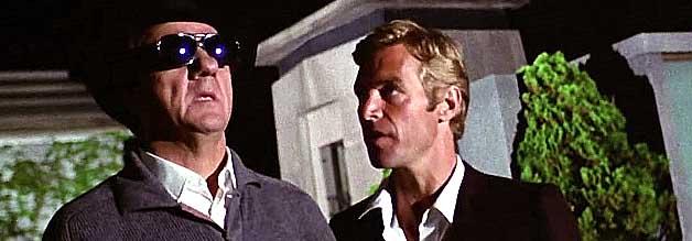 Ex-Journalist Franco Arno (Karl Malden) mag zwar nichts sehen, doch er sieht mehr als sein sehender Kollege Carlo Giordani (James Franciscus).
