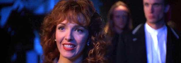 Falsches Lachen: Peggy Brandt ist nicht so unschuldig wie sie anfangs erscheinen mag.