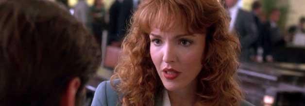 Peggy Brandt (Amy Yasbeck) will endlich Reporterin sein. Bislang schuftete sie sich als Autorin einer Liebeskolumne ab. Zu ihrer Zielgruppe gehören Träumer wie Stanley Ipkiss (Jim Carrey).