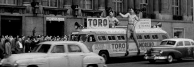 Die Reklame-Trommel wirkt: Benkos neues Zugpferd El Toro Moreno zieht die Massen an. Aber gutes Marketing ist nicht alles. Auch das Produkt muss stimmen. Schon bald gerät die Kampagne ins Taumeln.